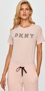 Bluzka DKNY z krótkim rękawem w młodzieżowym stylu z bawełny