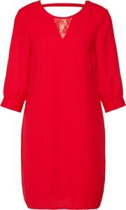 Czerwona sukienka Vero Moda z długim rękawem oversize mini