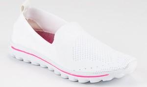 Buty sportowe Czasnabuty.pl sznurowane niskie w sportowym stylu