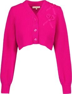 Różowy sweter LoveShackFancy z kaszmiru