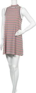 Sukienka En Creme z okrągłym dekoltem bez rękawów mini