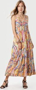 Sukienka born2be maxi w stylu boho z dekoltem w kształcie litery v