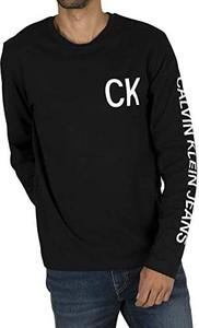 Koszulka z długim rękawem Calvin Klein z bawełny z długim rękawem w młodzieżowym stylu