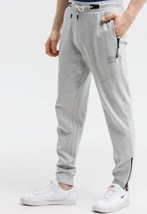 Spodnie sportowe Umbro z dresówki