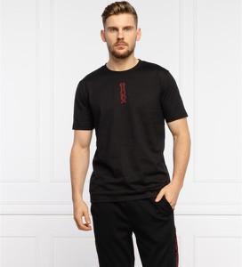 Czarny t-shirt Hugo Boss z krótkim rękawem