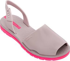 Różowe sandały Ipanema