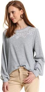 Bluza Top Secret w młodzieżowym stylu