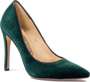 Zielone szpilki Neścior