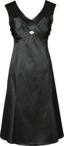 Czarna sukienka Fokus midi trapezowa