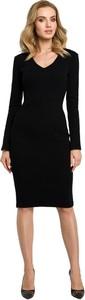 Czarna sukienka MOE z dzianiny z dekoltem w kształcie litery v z długim rękawem
