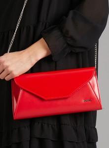 Czerwona torebka Sheandher.pl w stylu glamour