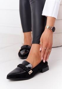Czarne półbuty S.Barski w stylu casual z płaską podeszwą