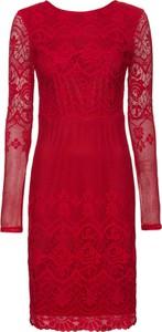 Czerwona sukienka bonprix BODYFLIRT boutique midi z okrągłym dekoltem