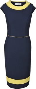 Sukienka Fokus w stylu klasycznym dopasowana z krótkim rękawem
