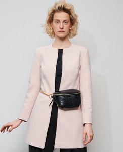 Różowy płaszcz Reserved