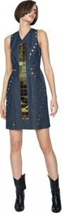 Niebieska sukienka ANETA KRĘGLICKA X L'AF bez rękawów z jeansu