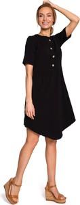 Sukienka Merg z krótkim rękawem w stylu casual