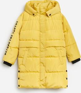 Żółty płaszcz dziecięcy Reserved