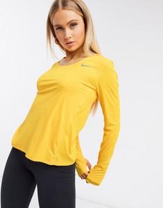 Żółta bluzka Nike Running w sportowym stylu