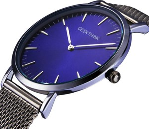 Czarny zegarek malloom