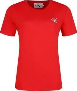 Czerwony t-shirt Calvin Klein z okrągłym dekoltem w stylu casual z krótkim rękawem