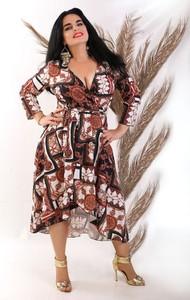 Sukienka Oscar Fashion z długim rękawem z dekoltem w kształcie litery v