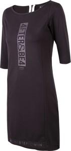 Czarna sukienka 4F mini w sportowym stylu z okrągłym dekoltem
