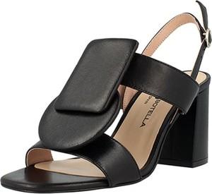 Sandały Roberto Botella z klamrami