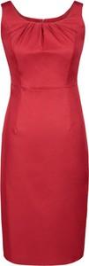 Czerwona sukienka Fokus z okrągłym dekoltem midi z tkaniny