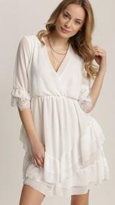 Sukienka Renee z długim rękawem trapezowa z dekoltem w kształcie litery v