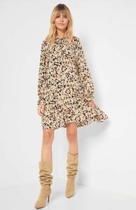 Sukienka ORSAY oversize z długim rękawem mini