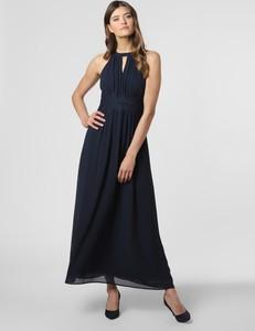 Granatowa sukienka Vila z dekoltem halter bez rękawów rozkloszowana