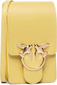 Żółta torebka Pinko mała zdobiona na ramię