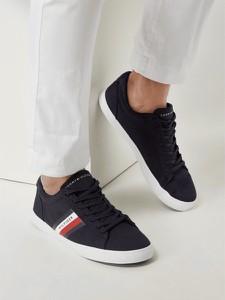 Granatowe buty sportowe Tommy Hilfiger z tkaniny sznurowane