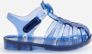 Granatowe buty dziecięce letnie Reserved na rzepy