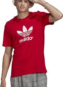 Czerwony t-shirt Adidas w sportowym stylu z krótkim rękawem z bawełny