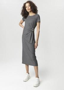 Sukienka born2be z okrągłym dekoltem w stylu casual