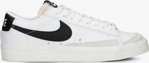 Trampki Nike sznurowane ze skóry