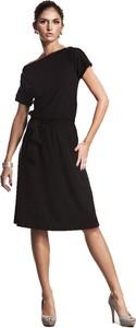 Czarna sukienka Nife z okrągłym dekoltem midi