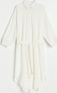 Sukienka Reserved z kołnierzykiem w stylu casual z długim rękawem
