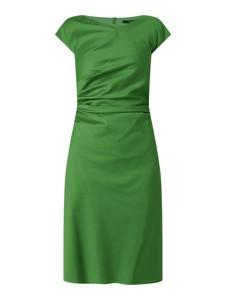 Sukienka Windsor prosta midi z okrągłym dekoltem