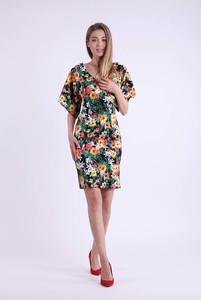 Sukienka Nommo z dekoltem w kształcie litery v