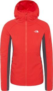 Czerwona kurtka The North Face w sportowym stylu