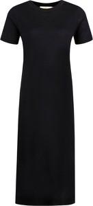 Czarna sukienka Tory Burch w stylu casual z krótkim rękawem maxi