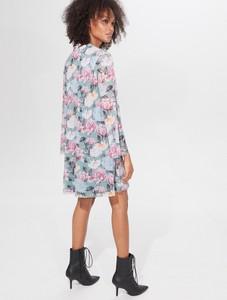 Sukienka Mohito z żabotem z długim rękawem mini
