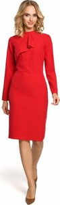 Czerwona sukienka MOE midi z żabotem