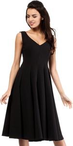 Sukienka MOE z okrągłym dekoltem bez rękawów
