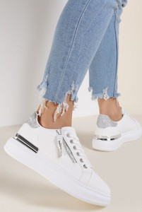 Buty sportowe Renee z płaską podeszwą sznurowane