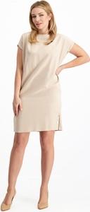 Sukienka Lavard z krótkim rękawem z tkaniny prosta