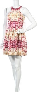 Sukienka Ginger Fizz mini bez rękawów z okrągłym dekoltem